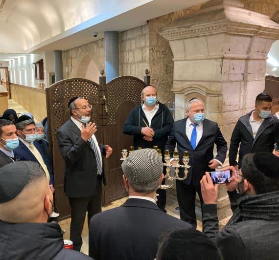 הדלקת נר שביעי בקבר רחל אמנו בהשתתפות השר לשירותי דת הרב יעקב אביטן שליט